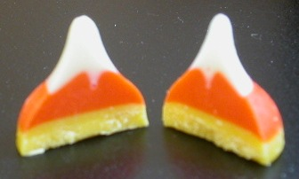 kisses-candycorn7.jpg